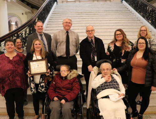 People Incorporated Receives Award from DDS at the State House